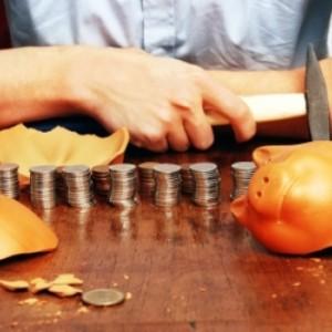 Wydatki świąteczne mogą sprawić, że wpadniemy w tarapaty finansowe. Windykacja poświąteczna jest możliwa do uniknięcia jeśli wcześniej zaplanujemy domowy budżet i będziemy konsekwentnie trzymać się planu.