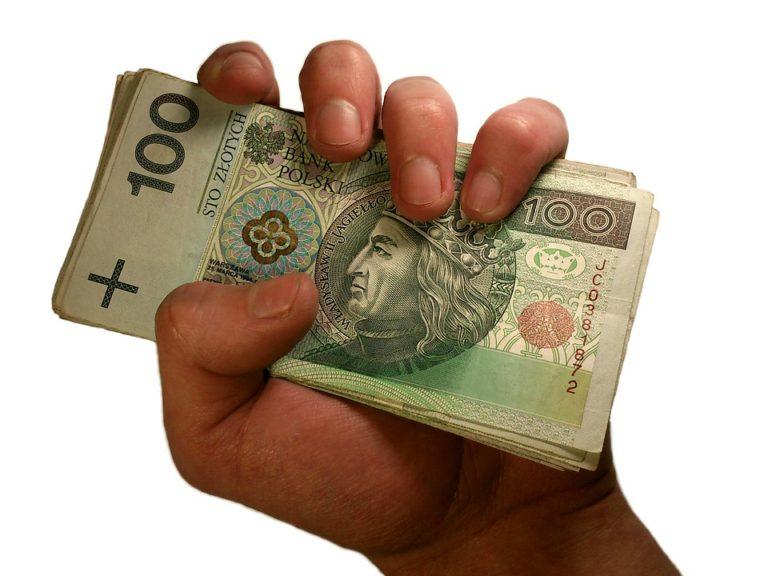 Pieniądze prywatne pomieszane z firmowymi? czy to możliwe? Czy to dobre rozwiązanie?